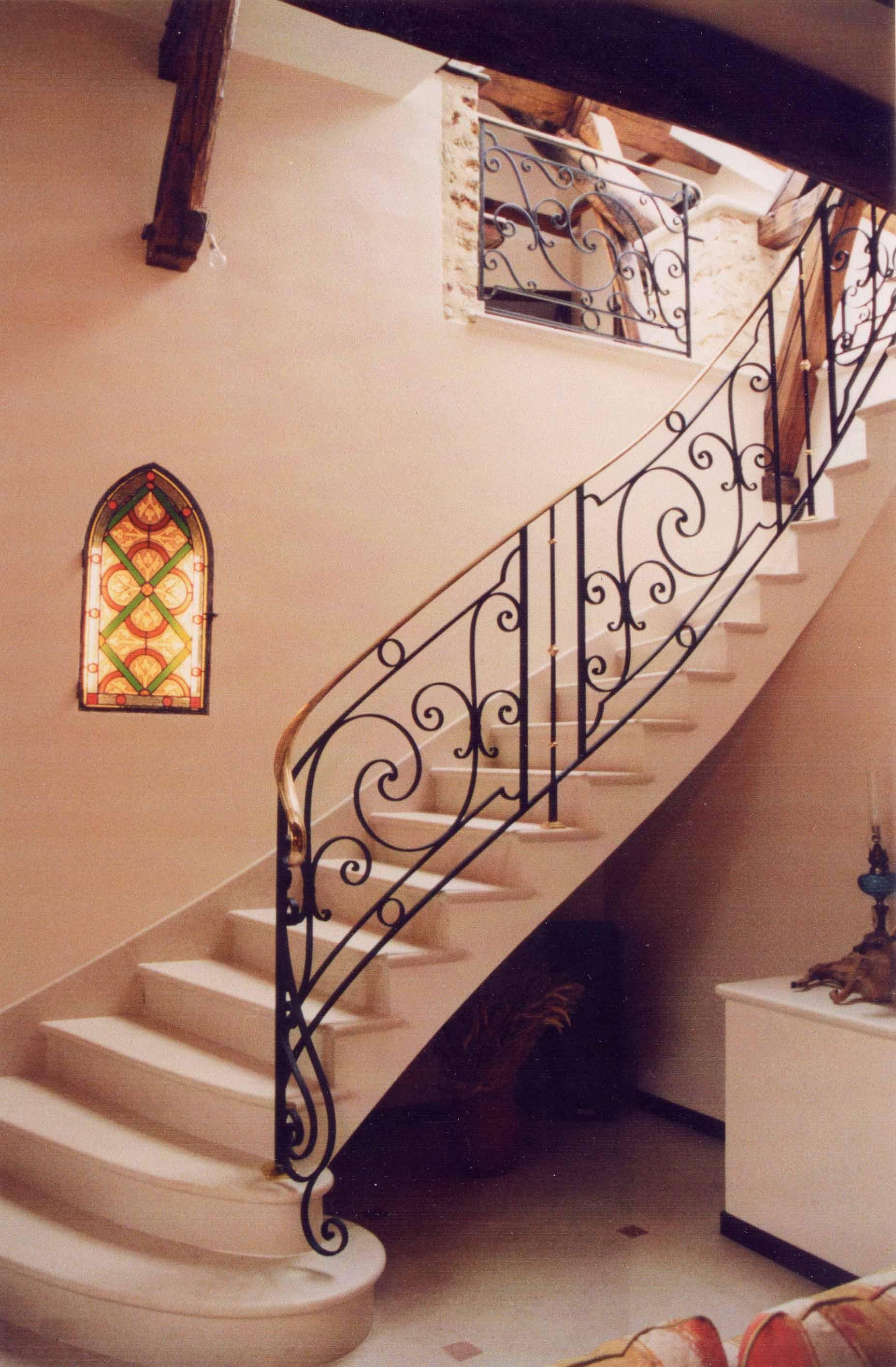 rampe d escalier en fer forge fashion designs. Black Bedroom Furniture Sets. Home Design Ideas